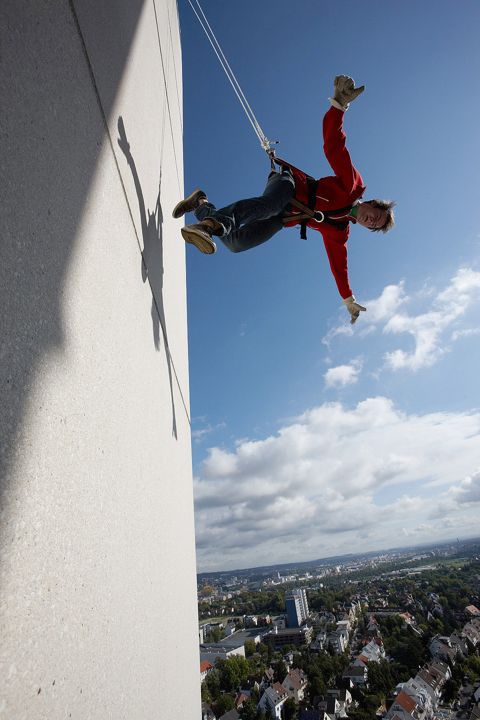 Bungee Jumping Und House Running RPw In The Picture